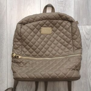 Bebe - tan quilted backpack